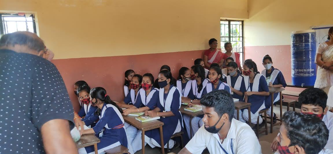 Spending moments with the students of Bharati Vidya Mandir