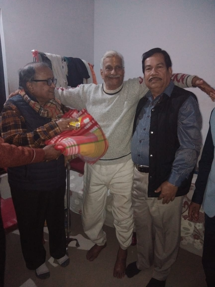 Distribution of blankets and food by Life Member Dr. M. P. Rout & Subir Kumar Mitra at Bhubaneswar
